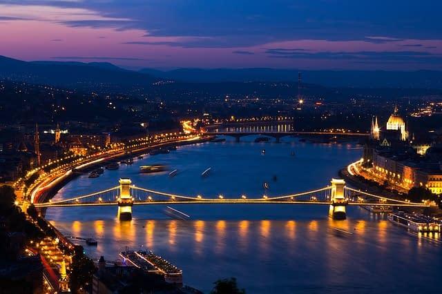 erdekessegek_budapestrol_buborekfoci_budapest